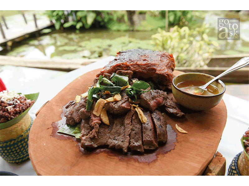 """Mix grilled: """"Buffalo Steak and Pork Ribs"""""""