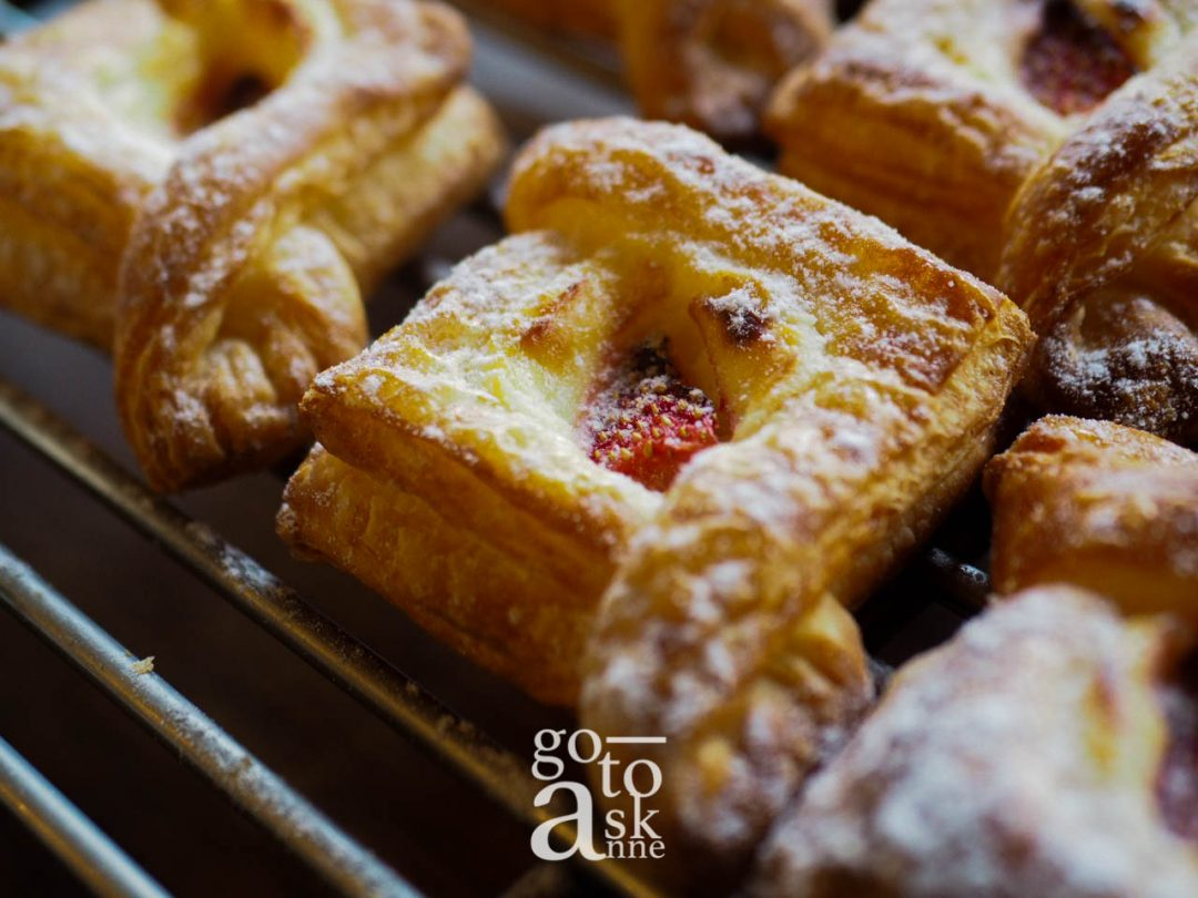 bakery, cafe, chiang mai bakery, chiang mai cafe, artisan baking, french pastry, french pastry chiang mai